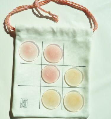 Kryds-og-bolle, lyserød